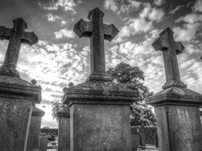 grave-2510928_1280